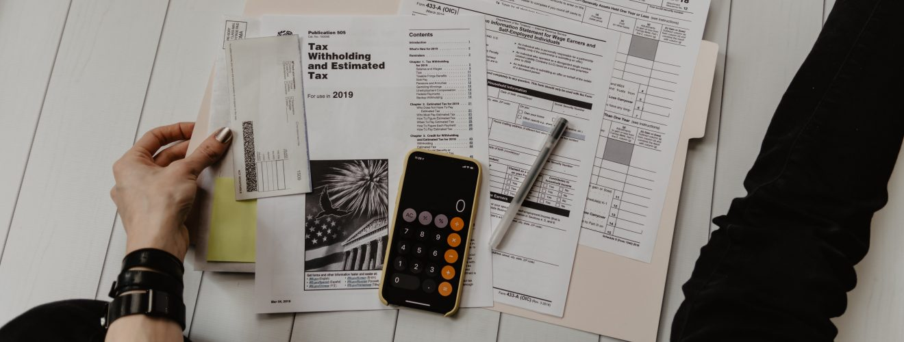 A lot of tax payrolls